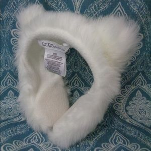 ❄️Winter Sale: NWOT BCBG Ear Muffs with Cat Ears
